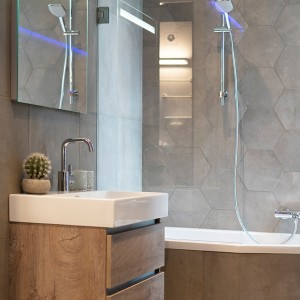 abc badkamers, badkamers, meubel, badmeubel, Deventer, Epse, Overijssel, apeldoorn, spiegel, kraan, water, badkamer
